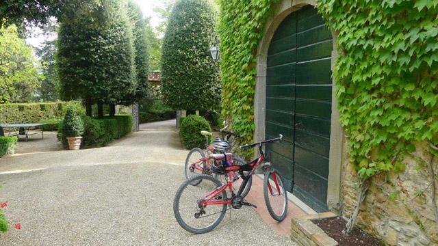 Villa le Barone: cycling  in Chianti