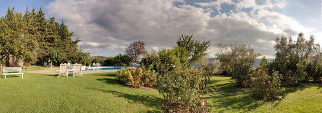 Villa le Barone's gardens in Chianti