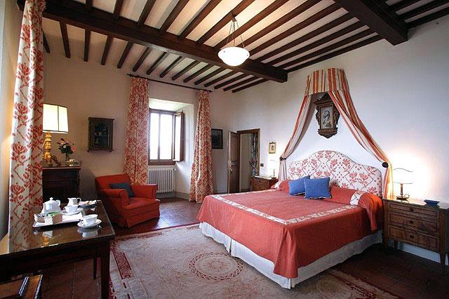 Historic hotel Villa le Barone , the former room of Marchesa Viviani Della Robbia