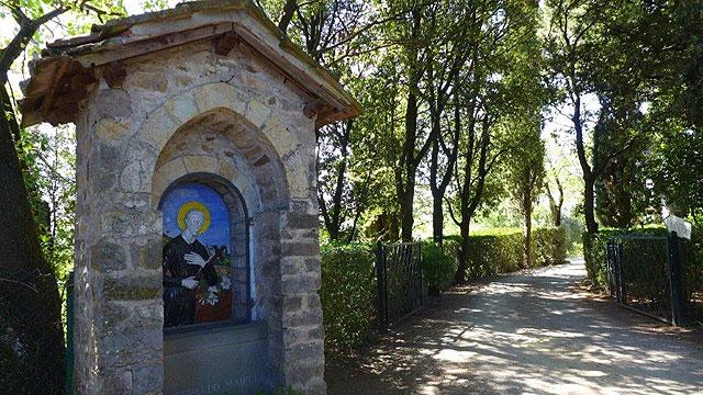 Tabernacle of San Gerardo Maiella  Villa le Barone's entrance
