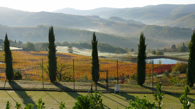 Villa le Barone in Chianti Tuscany Tennis with a view in autumn