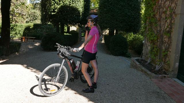 Cyclist at Villa le Barone Chianti